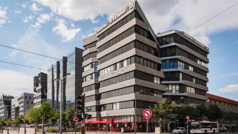 Immeuble de bureaux à la Confluence © Tim Douet 2018