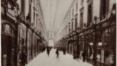 La galerie marchande de l'Hôtel-Dieu au début du XXesiècle © Collection BM de Lyon (P0546 SA 07-12)