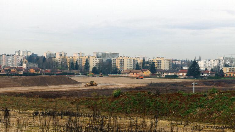 Décines à l'époque de la construction du stade de l'OL © Tim Douet