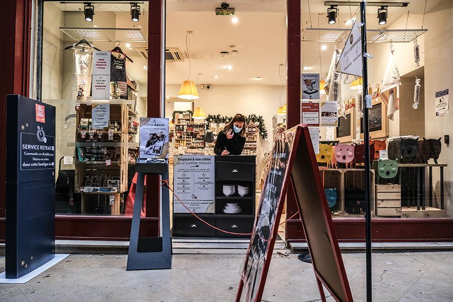 """Le """"click and collect"""" de la boutique spécialisée dans les ustensiles culinaires, Alice Délice, en centre-ville © Antoine Merlet"""