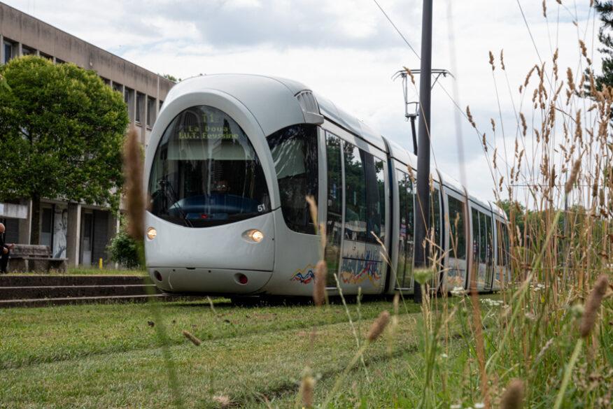 Lyon : les contrôleurs TCL bientôt équipés de caméras piéton