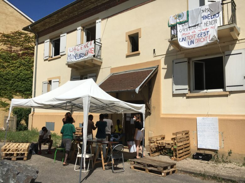 Lyon : le procès du squat de jeunes migrants à la Croix-Rousse renvoyé au 1er octobre